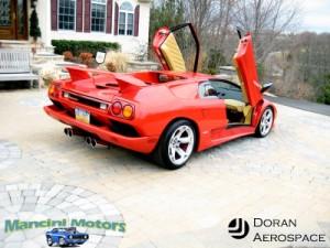 Rear Vside view ot the Lamborghini Diablo